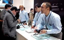 Sigma's new DP 'Quattro' series cameras also attracted a long queue of visitors wanting to feel how much the new body design changed the cameras'' handling characteristics.