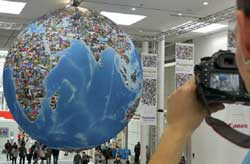 2012's Photokina photo globe. (Source: Photo Imaging News International)